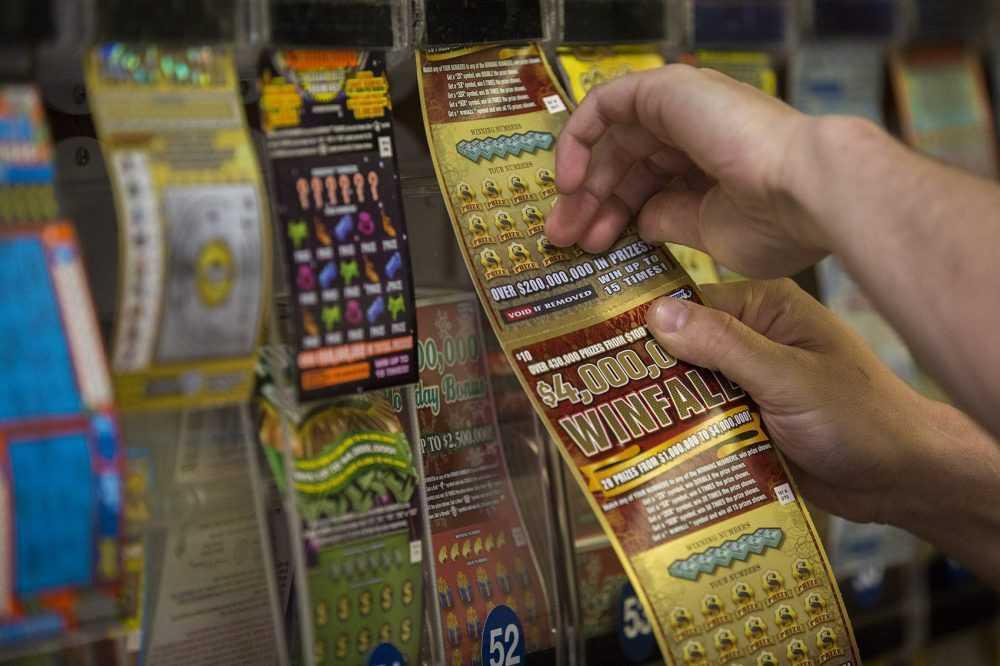 Молдова разыгралась в лотерею. почему люди играют, и как это работает