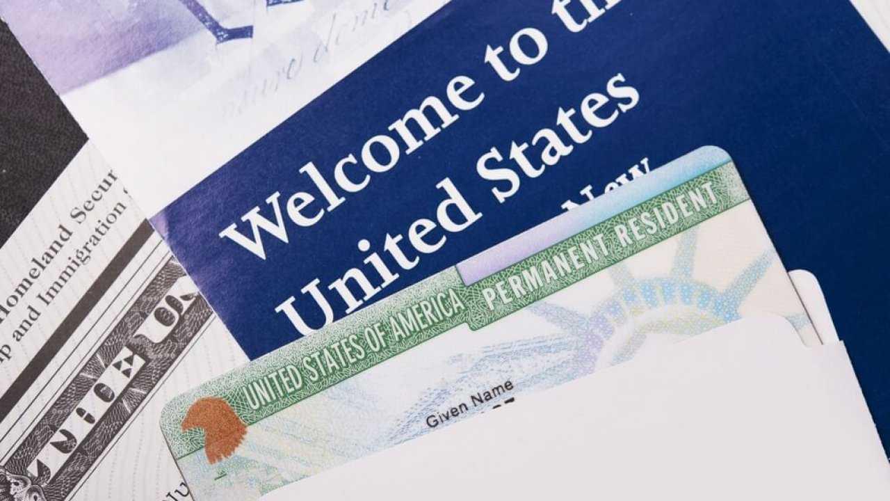 Die grüne Lotterie tat es (Grüne Karte) 2019, 2020, 2021. Gewinnen Sie die US Green Card!