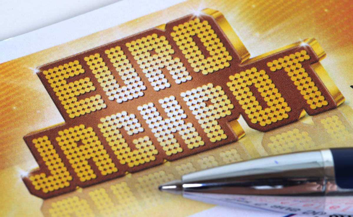 Eurojackpot-lottbedrägerier + Översikt